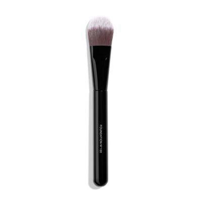 CHANEL | Les Pinceaux de Chanel Foundation Brush N° 100