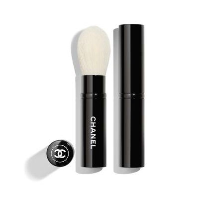 CHANEL | Les Pinceaux de Chanel Retractable Highlighter Brush N°111