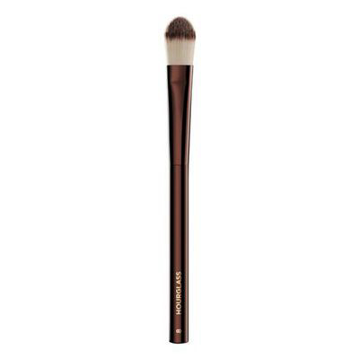 HOURGLASS | No. 8 Large Concealer Brush